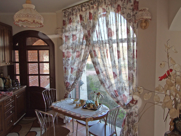 110 вариантов фото новинок штор для кухни - Вариант 65