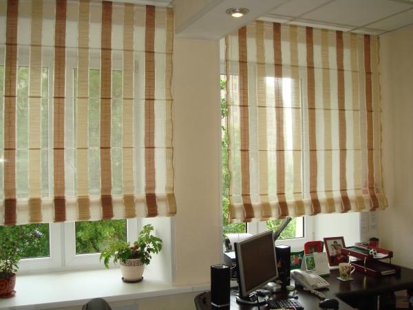 Такие шторы всегда выглядят очень стильно и уютно. Они способны украсить любой интерьер!