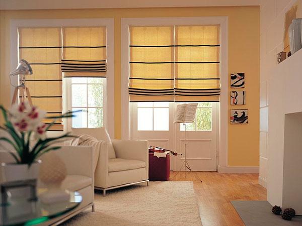 Основной функцией римских штор является быстрая регулировка освещения в комнате.